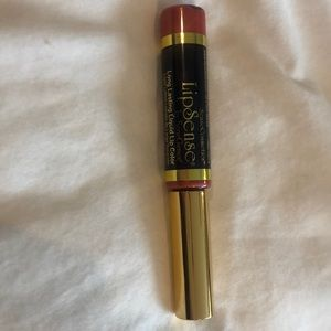 Honey Rose lipsense